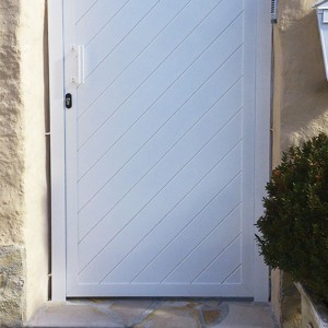 Puertas peatonales de aluminio