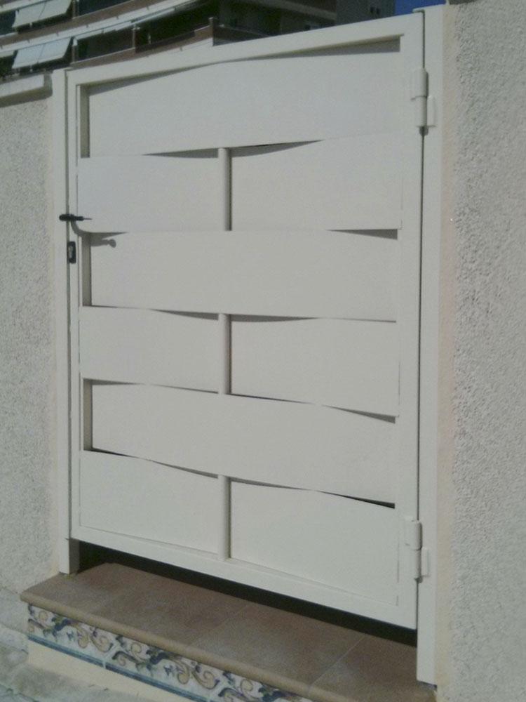 Puertas peatonales ciegas o semiciegas de alta calidad - Puerta chapa galvanizada ...