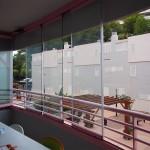 Cortina de cristal Seeglass con aperturas