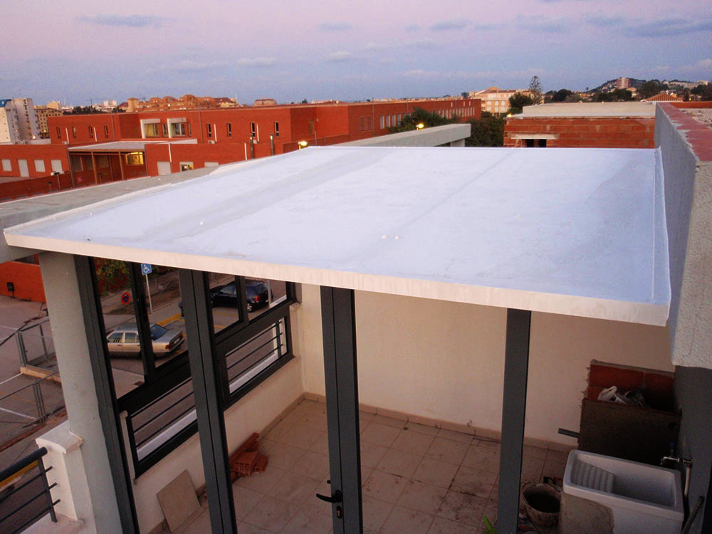 Cubiertas fijas de cristal policarbonato panel o chapa for Panel sandwich aluminio blanco