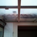 Detall de la coberta mòbil de policarbonat