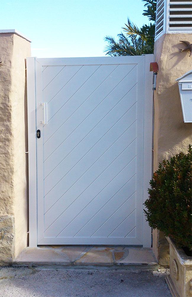 Puertas peatonales aluminio