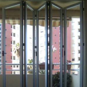 Ventanas y puertas plegables