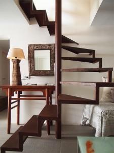 Escalera hierro oxidado