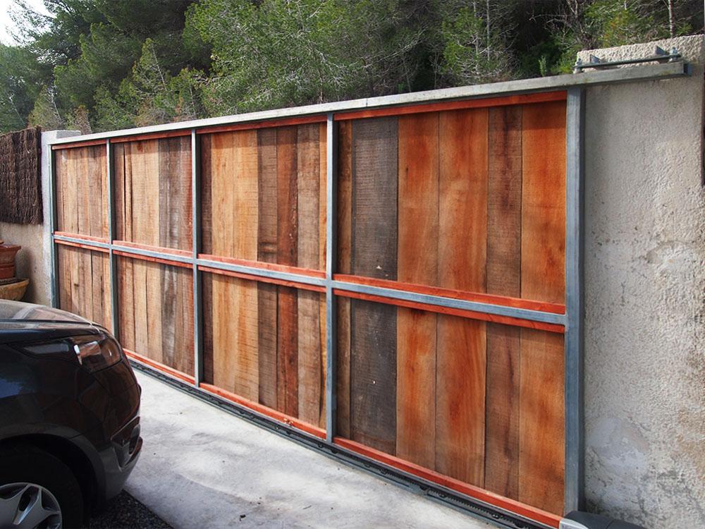 Puertas de hierro correderas exteriores interesting - Puerta corredera exterior ...