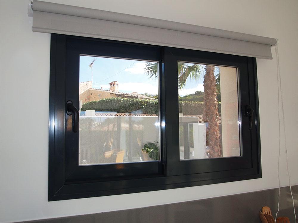 Casa bacallar casa de obra nueva con los mejores materiales for Ventanas aluminio gris antracita